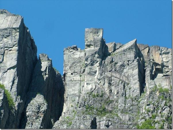 ImagePreikestolen vom Lysefjorden.jpg